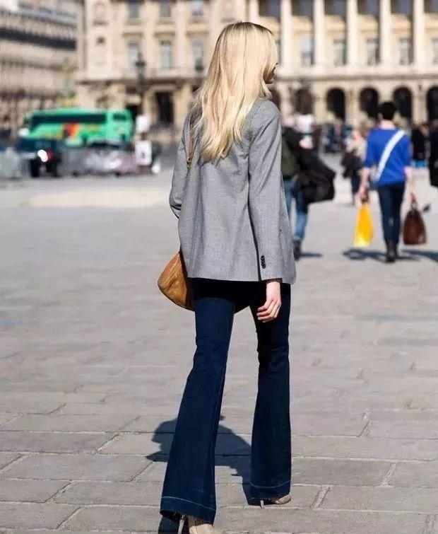 西服+牛仔裤,这样穿最时髦!